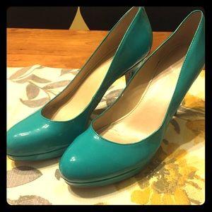 Aqua teal Marc Fisher heels size 10